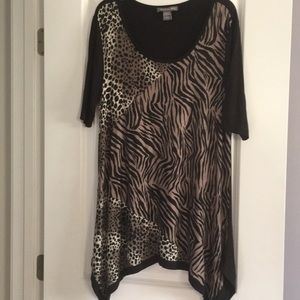 Tops - Long length women top. Goes great with leggings!